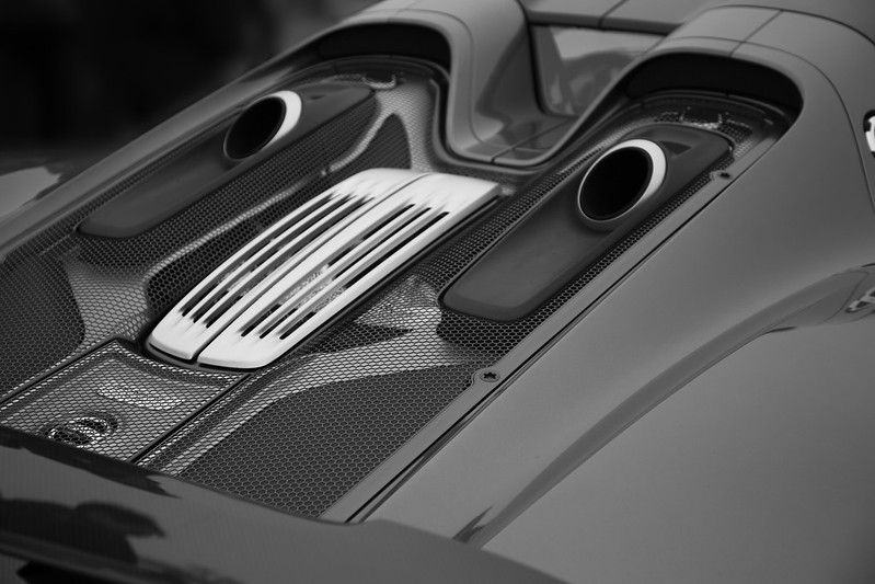 Porsche 918 Twin Exhaust