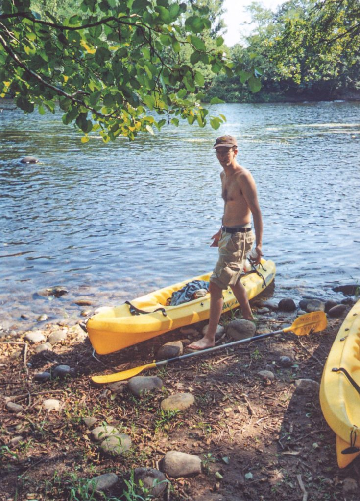 Ben - taking a break from 5 minutes worth of canoeing on La Dordogne