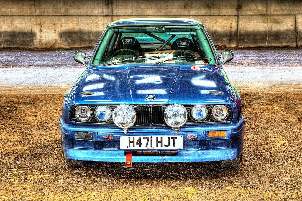 BMW 318 Rally Car in North Wales - H471 HJT - The cars were in a weatherproof cattle shed at the Polyroof P.K. Memorial Rally at the Rhug Estate Organic Farm - 23rd / 24th June 2018.
